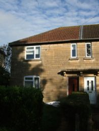 3 Bed semi-detached property in Southdown